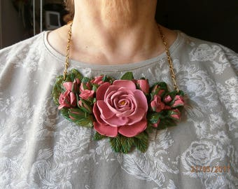 BOUQUET of roses in polymer clay, in shades of pink and green.