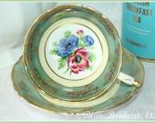 Paragon, England Double warrant, poppy tea cup saucer