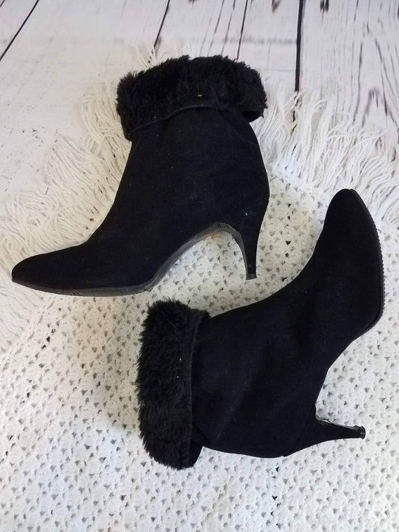 Vintage 60s Black Suede Fuzzy Lined Golo Boots 7.5
