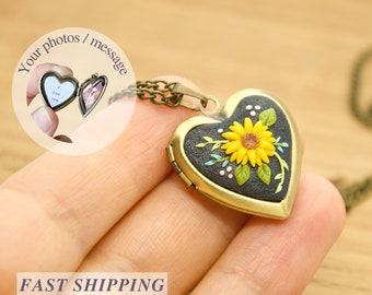 Personalized Sunflower Necklace, Sunflower Photo Locket, Custom Flower Necklace, Delicate Necklace, Heart Necklace for Her, Gift for Mom