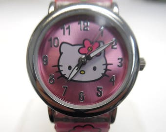 Pink Hello Kitty Quartz Wrist Wat ch