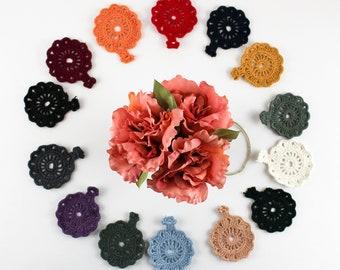 Vintage Flowers crochet in batch of 5