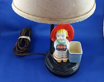 Little Street Musician Table Lamp
