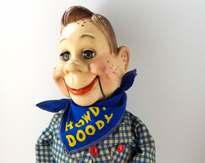 Howdy Doody ventriloquist doll,1972 EEGEE National Broadcasting Co