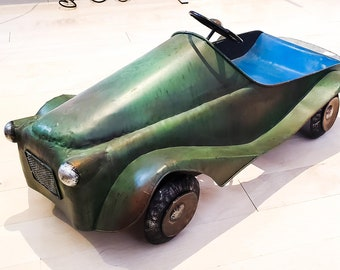 """Vintage Extra Large Rideable Metal 24"""" Toy Car, Mint Condition Green Gray Blue Seat, Gorgeous Patina"""