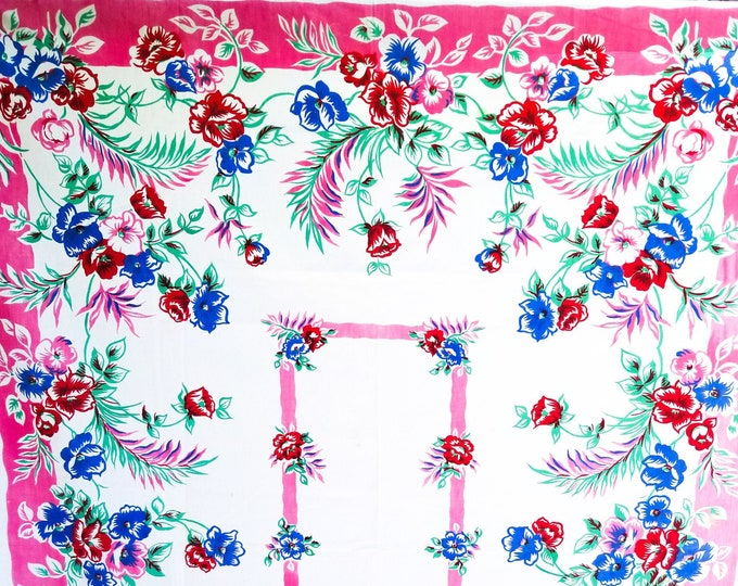"""1950's Country Kitchen Pink Rectangular Cotton Tablecloth with Floral Motif - 46""""x62"""""""