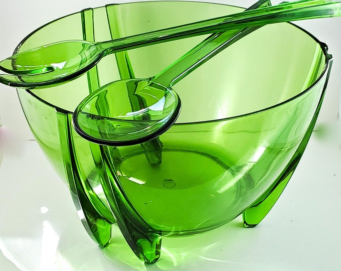 Gorgeous Green Acrylic Salad/Fruit Bowl with Servers