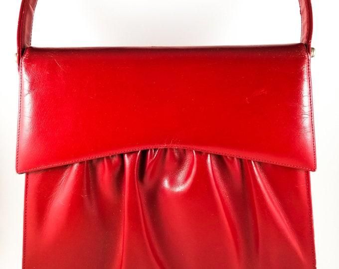 1950's Vintage Lined Leather Pleated Handbag