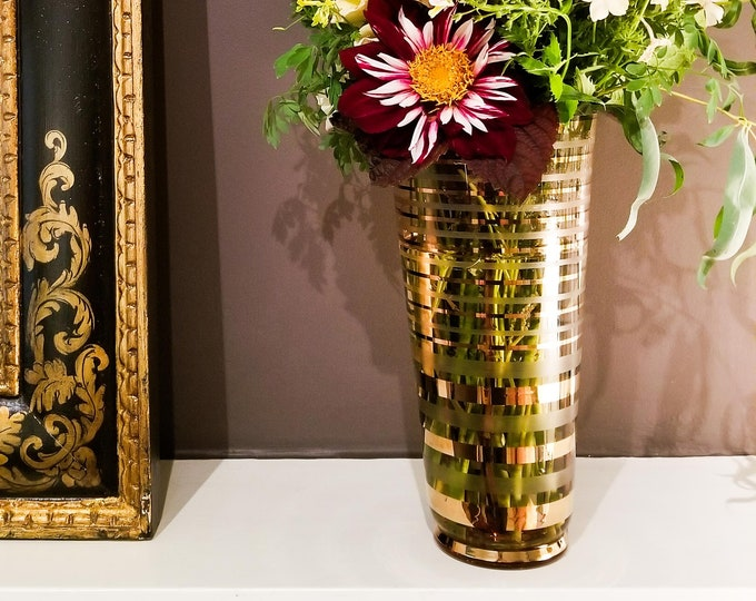 Gorgeous Glass Flower Vase with Gilt Horizontal Stripes in shades of PINK