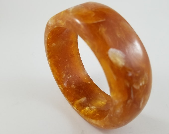Gorgeous Thick Lucite Butterscotch Bangle in Marbled Finish