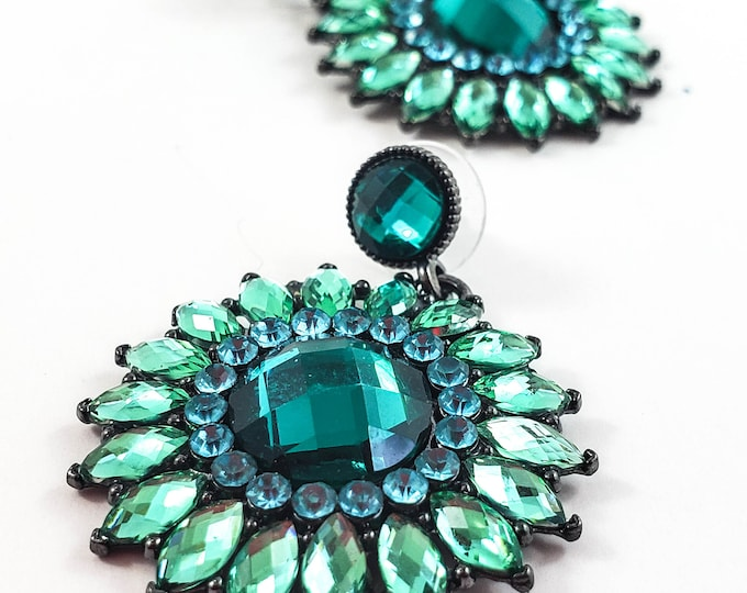 Stunning 1950's Aurora Borealis Shermanesque Emerald Earring Set