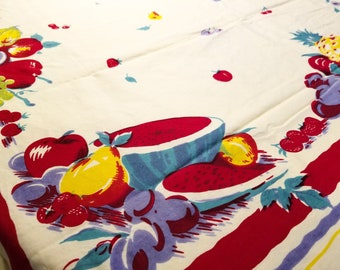 1950's Country Kitchen Rectangular Cotton Tablecloth with Fruit Motif