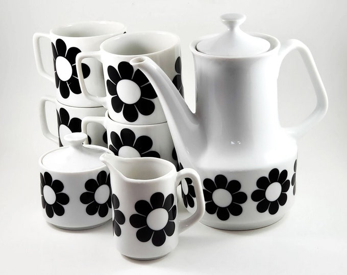Vintage (1960s) Super Cool Johnson Brothers Flower Power Coffee Pot + 4 Mugs + Cream and Sugar in Groovy black-and-white daisies. Rare find.