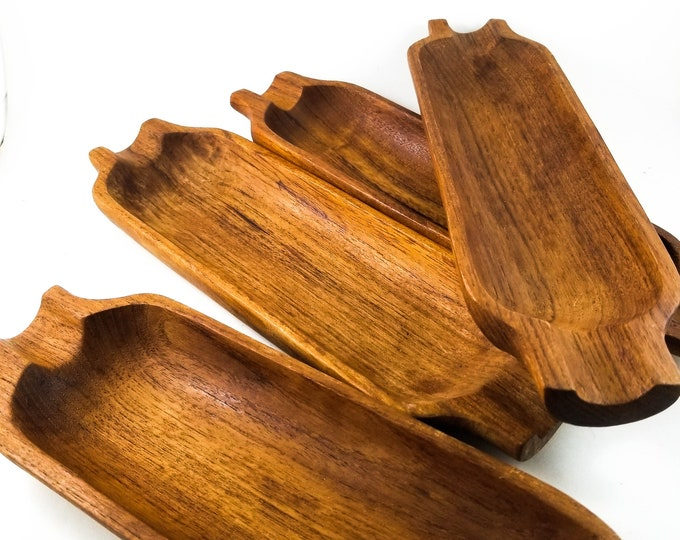 Awesome Set of  4 Country Kitchen Corn Trays