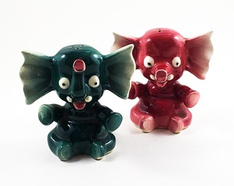 Vintage Little Elephant Salt and Pepper Shakers in Burgundy and Teal
