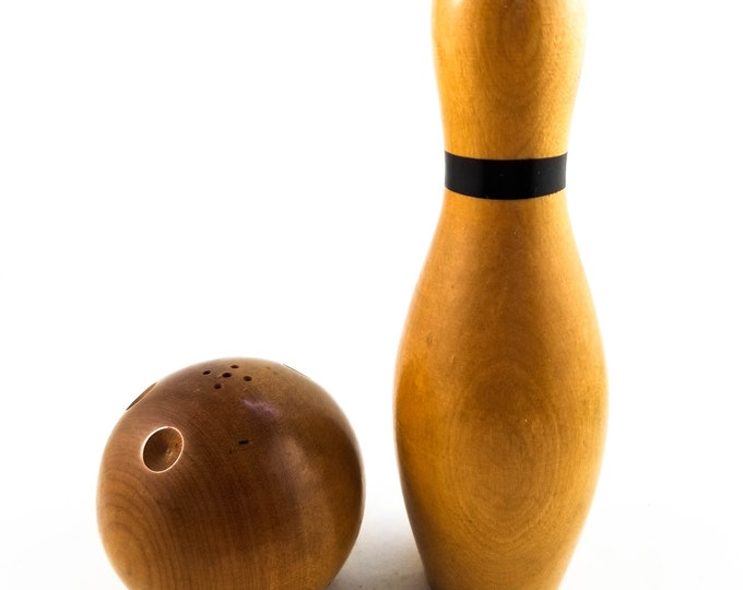 Very cool Wood Bowling Salt and Pepper Shakers - one pin/one ball