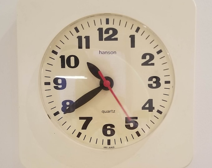 1960's Beige Hanson Electrical Wall Clock with Red Sweeping Second Hand