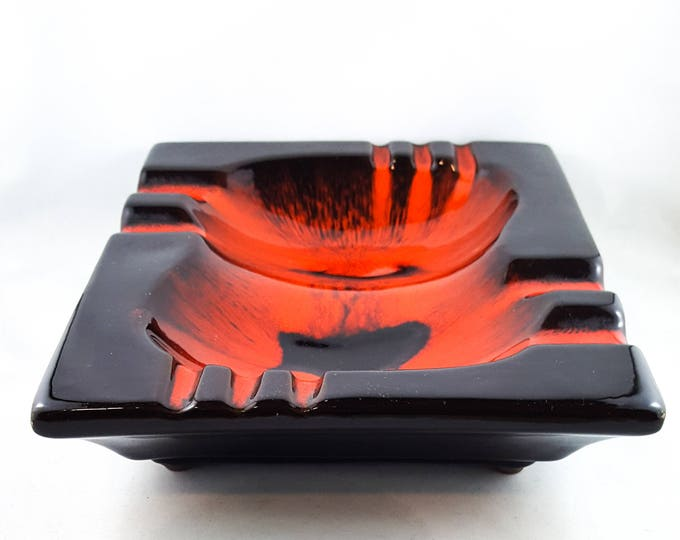 Beauty of a Mid Century Atomic Red Drip Glaze Ashtray/Trinket Dish