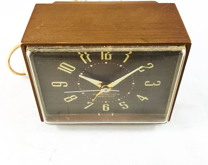 Vintage Westclox Faux Wood Electric Alarm Clock