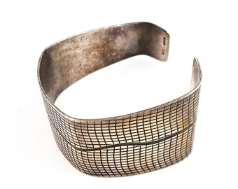 Stunning Vintage Sterling Silver Cuff Bracelet, Industrial Modernist Cuff, Simple Solid Hand Etched cross hatching and wavy organic line