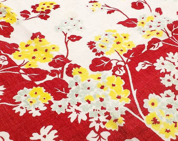 1950's Country Kitchen Rectangular Cotton RED Tablecloth with Floral Motif