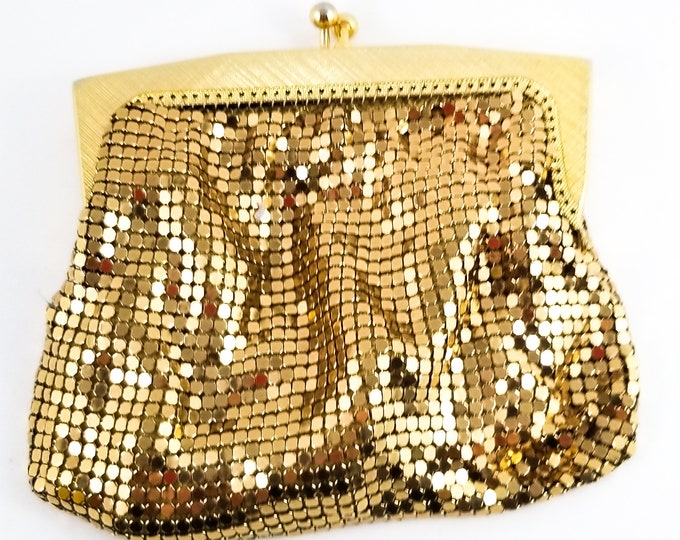 Gorgeous Tiny Vintage 1950's Gold MESH Change Purse