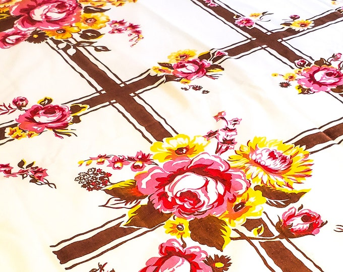 """1950's Country Kitchen 54"""" Square Cotton Tablecloth with Floral Motif in Pink and Yellow on Brown Crosshatching background"""
