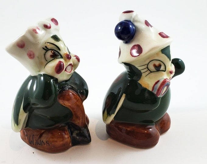 1950s Adorable anthropomorphic Lady Bug Salt and Pepper Shakers