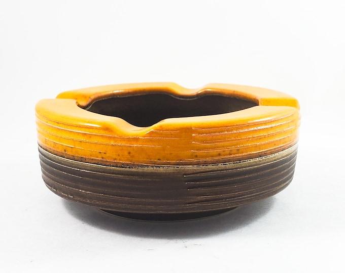 Handsome Mid Century ROUND Yellow and Brown ridged Ashtray/Trinket Dish