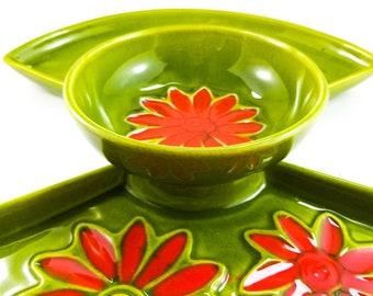 Gorgeous Green Vintage Flower Power Ceramic California Pottery Appetizer Platter