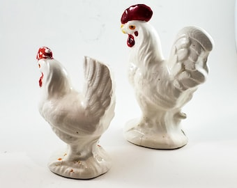 Rare VINTAGE novelty ROOSTER/CHICKEN Farm Birds Salt and Pepper Shakers