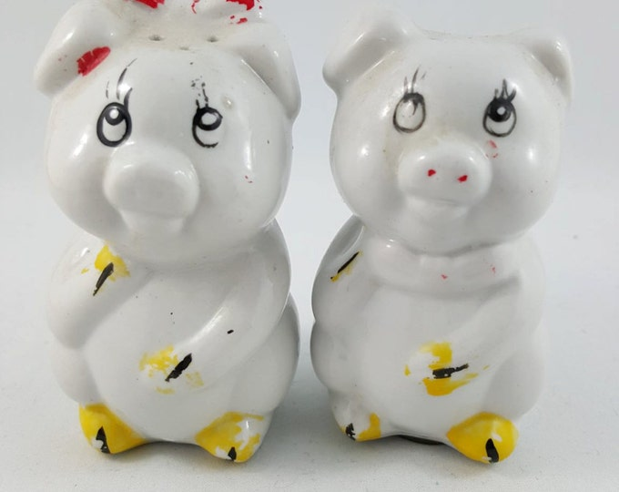 Vintage Two Little Pigs Salt and Pepper