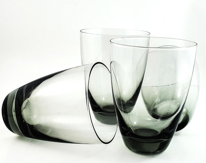 Beautiful set of Tapered Mid Century Smoky Shot/Cordial Glasses x 4