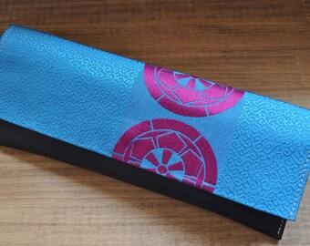 StudioFreaks Japanese beautiful OBI Clutch bag blue, Kimono fabric bag, Kimono Bag, Bridesmaid clutch, Japanese fabric, Black leather, Gift