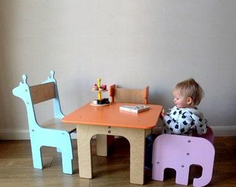 VARIOS elementos: Silla de niño elefante + jirafa / ballena / ciervo / Brontosaurus infantil silla y mesa