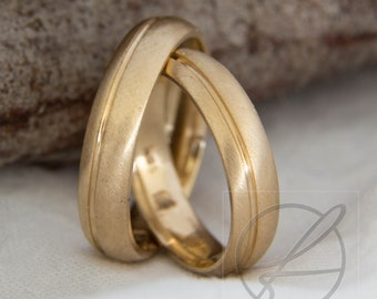 Wedding rings/wedding rings brushed