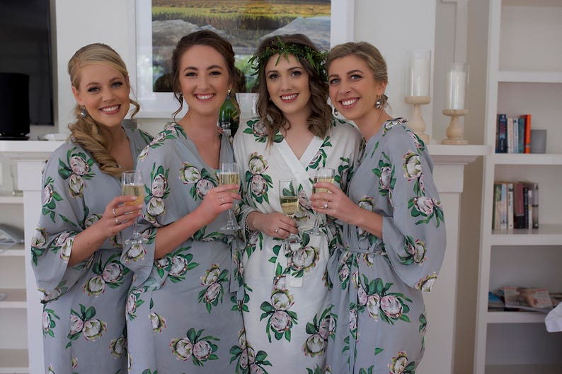 Bridal Party Gifts Wedding Robe Bridesmaid Robe Floral Robes Monogrammed Robes Bride to Be White Bridal Robe Robe Set Getting Ready