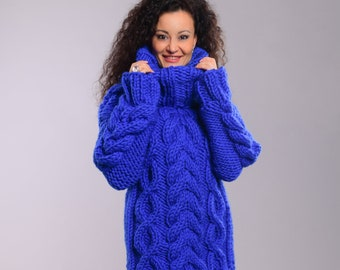 Chunky Knit Sweater, Hand knit Men Jumper, Bulky knit Sweater, Wool Sweater, Thick Turtleneck Pullover, Chunky Cable Knit Sweater Royal blue