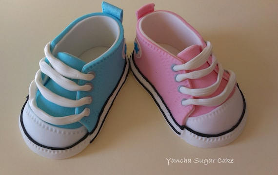 Fondant Edible pair of Baby shoes Converse Baby sneackers Cake topper Baby  shower cake Christening Baby girl Baby boy Birthday party Baptism c635084336b4