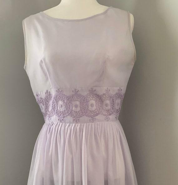 Purple 50's 60's Day Dress Lavender Purple embroid