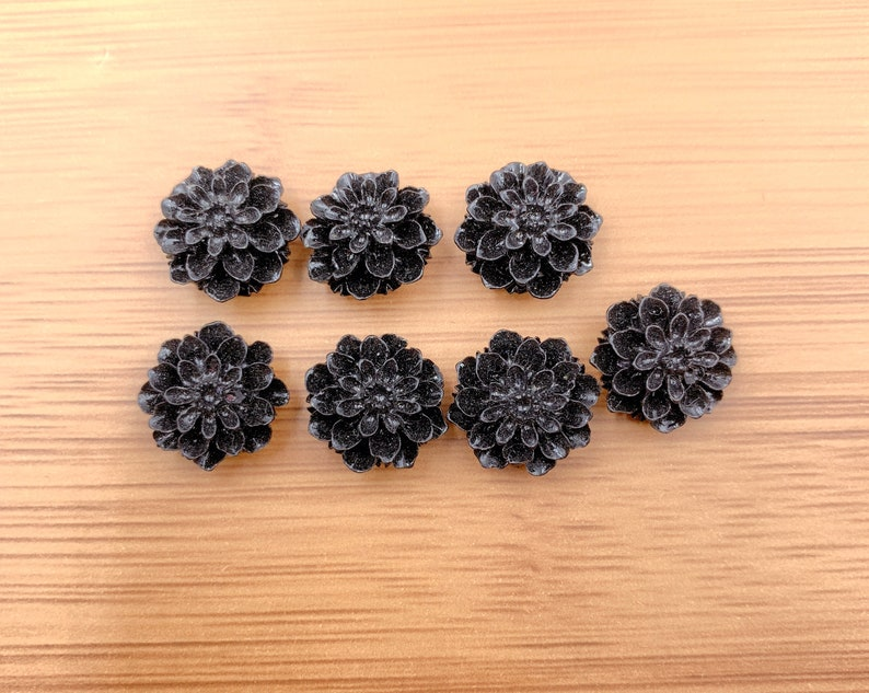 COBD016-A630 Black 15mm Resin Yellow Purple Chrysanthemum Flower Cabochons Resin Brown Violet Resin Flower
