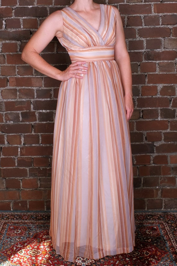 WOMEN/'S TEAL BLUE CRINKLE BRIDESMAID PROM CRUISE PARTY EVENING BALL GOWN UK 10