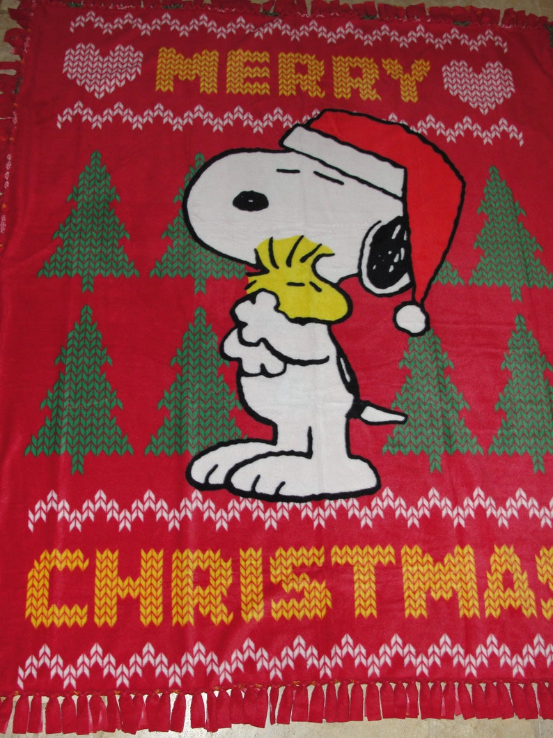 Snoopy And Woodstock Christmas.Merry Christmas Snoopy Woodstock Fleece Tie Throw Blanket