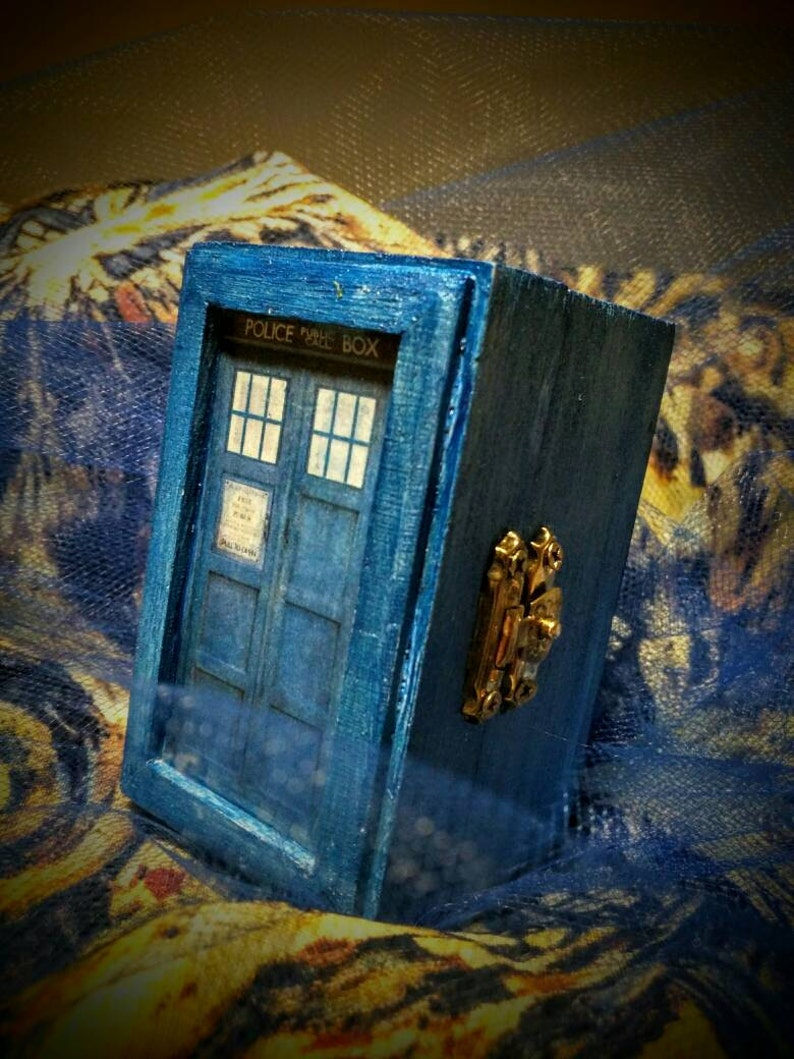 Dr Who 11th Doctor Van Gogh inspired Ringbox~Galifreyan writes You are loved by so many /& so much and by no one more than me ~ River Song