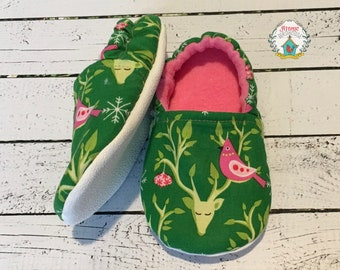 Little Girls Booties size 9 - Girls Christmas Slippers - Slip on Booties - Toddler Girl Footwear - Holiday Slippers - READY TO SHIP
