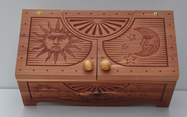 Solunar Keepsake Box