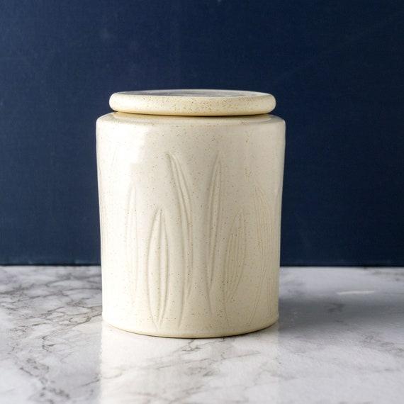 Custom Pet Urn, Handmade Ceramic Urn for Pets, Dog Urn, Cat Memorial Keepsake