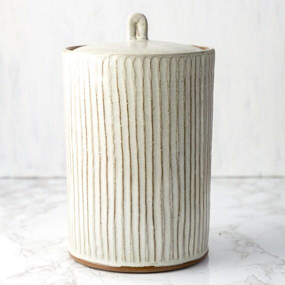 Ceramic Urn for Ashes, Pet Urn, Handmade Ceramic Urn for Pets, Dog Urn, Cat Urn