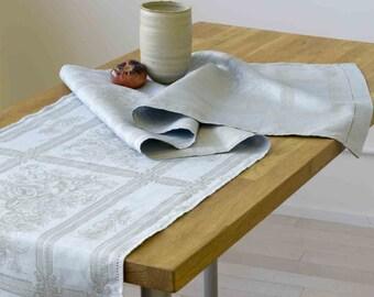 Jacquard Table Runner - Linen Cotton Blend