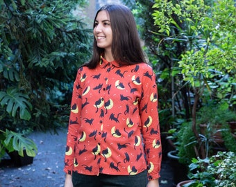Laura Shirt -  shirt with long sleeves and collar, Cat on the Moon print